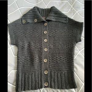 Devoted vintage short-sleeved sweater vest